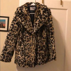 Leopard/ cheetah print faux fur coat
